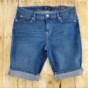 Gap Denim Bermuda Stretch Jean Shorts Size: 8 NEW